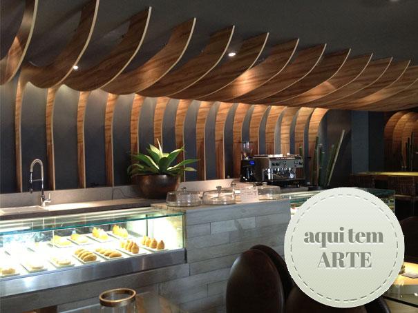 (Fonte:natalianoleto.com.br; Marcenaria restaurante Casa Cor São Paulo 2013)