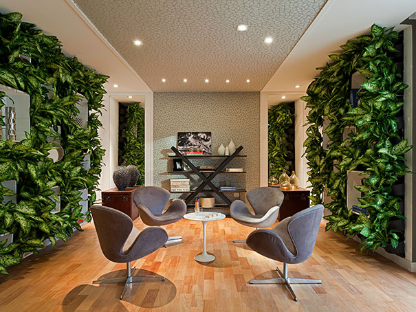 jardim vertical moderno:Projeto Daniel Kalil para Loja Casa Cor)